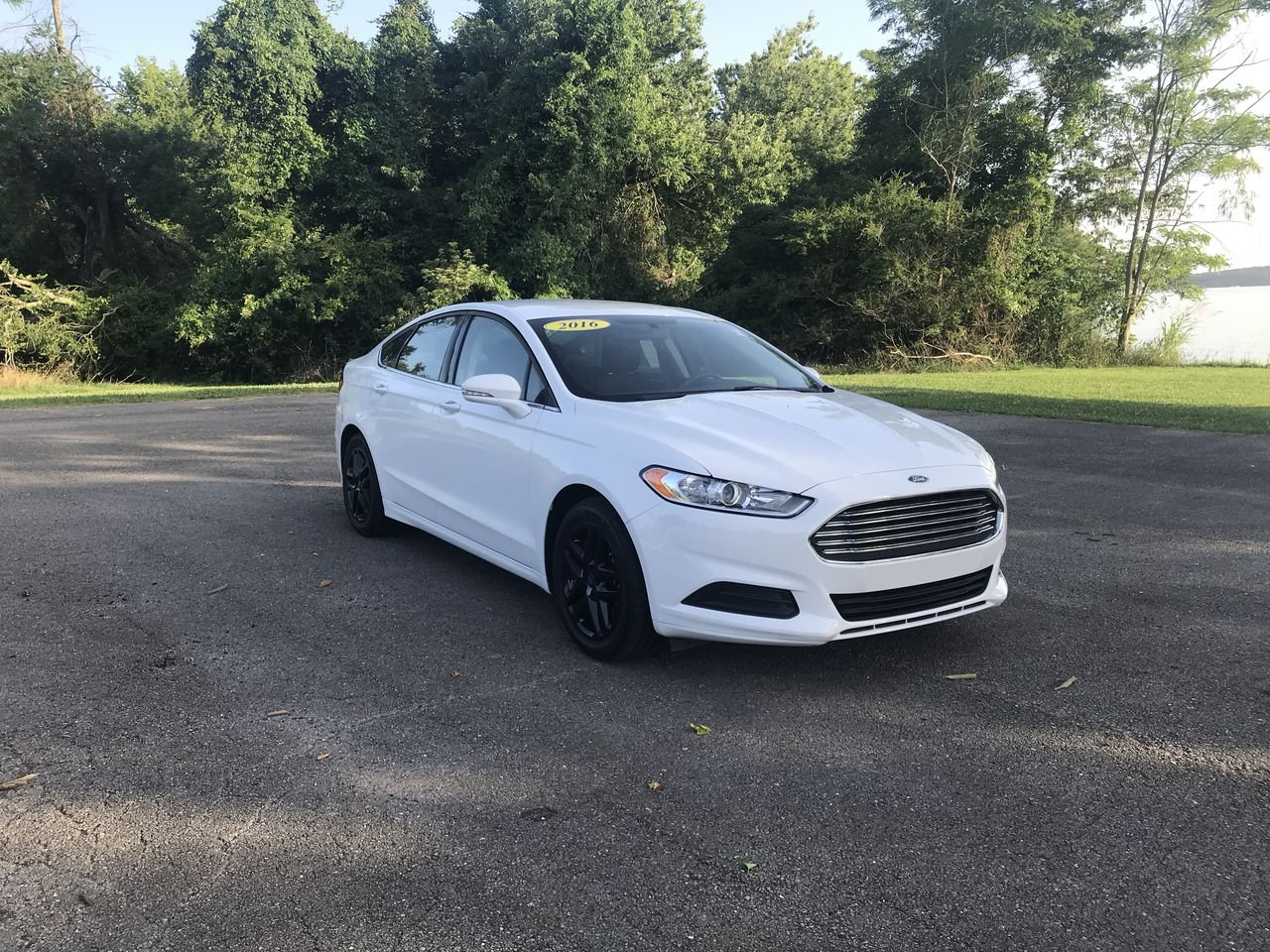 Pre owned 2016 ford fusion se