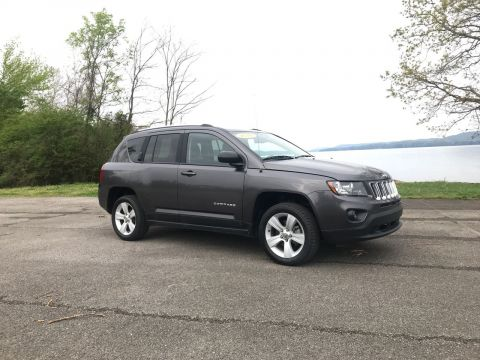 Pre-Owned 2016 Jeep Compass Sport FWD Sport Utility
